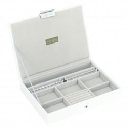 Premium White Top (25 X 18 X 3.5 Cm)