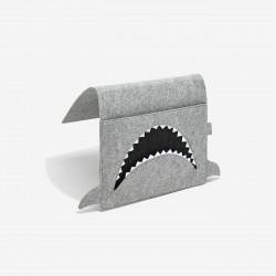 LITTLE STACKERS SHARK BED POCKET